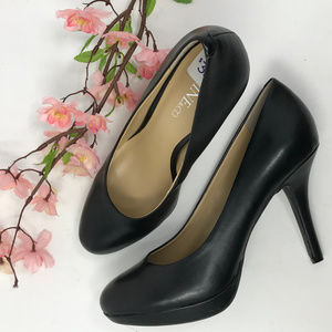 Classic Black Leather Platform Stiletto Pumps 9&Co